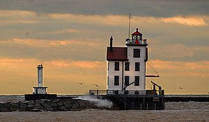 Lorain West Breakwater Light.jpg