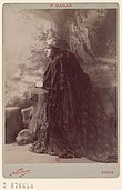 Lucy Arbell as Queen Amahelli in Massenet's Bacchus, wide view - Original.jpg