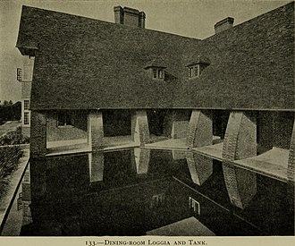 Folly Farm, Sulhamstead - Cloister and Tank Court, 1921