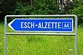 Luxembourg road signs E,4b Esch-Alzette comm.jpg