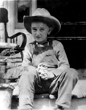 Lyndon B. Johnson - Seven-year-old Johnson with his trademark cowboy hat
