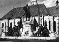Mátyás király lovasszobra Kolozsváron.jpg