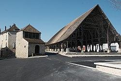 Méréville Halle 704.jpg