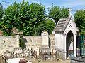 Mériel (95), cimetière, rue de l'Église - rue du chemin Vert.jpg