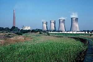 Agecroft Power Station - Agecroft Power Station in September 1985