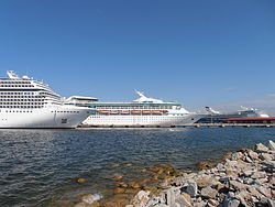 cruise ship wikipedia