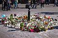 Makeshift memorial to the victim of the far-right assault outside Helsinki Central Station.jpg