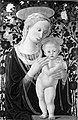 María con el Niño frente a un rosal - Pier Francesco Fiorentino.jpg