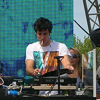 Mark Ronson in Preston.JPG