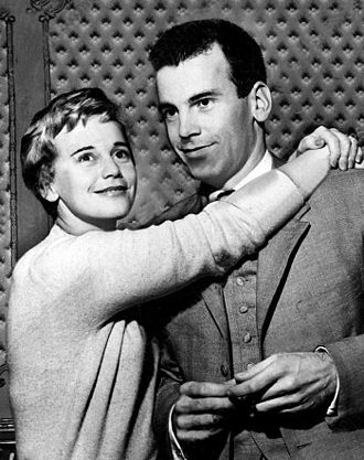 Maximilian Schell - With his sister, actress Maria Schell, in 1959