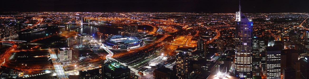 Vista aérea nocturna de Melbourne.
