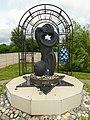 Memorial to 10,000 Jews Shot by Nazis in 1941 - Vitebsk - Belarus - 03 (27708413095).jpg
