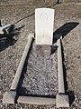 Mesnil-Saint-Laurent (Aisne) tombe de guerre de la CWGC (A).JPG