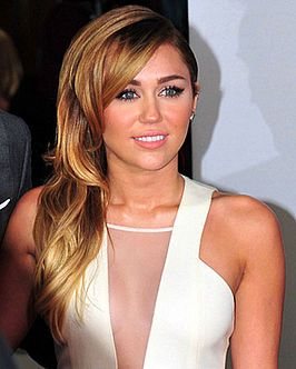 Miley Cyrus tijdens de People's Choice Awards in 2012.
