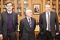 Ministru prezidents Valdis Dombrovskis tiekas ar Igaunijas aizsardzības ministru Martu Lāru (6770104209).jpg