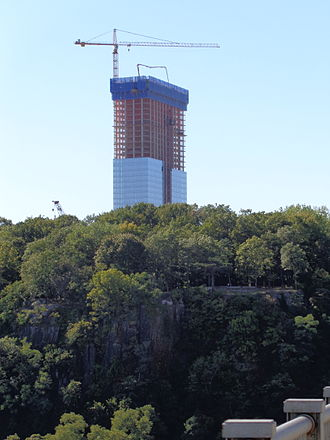 Elkus Manfredi Architects - The Modern in Fort Lee, New Jersey as seen under construction from the George Washington Bridge