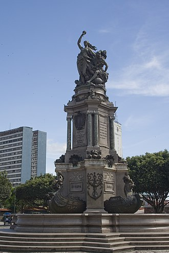 Monument Abertura dos Portos - Monument Abertura dos Portos in front of the Amazon Theatre