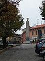 Monumento Viale Garibaldi Gavirate.JPG