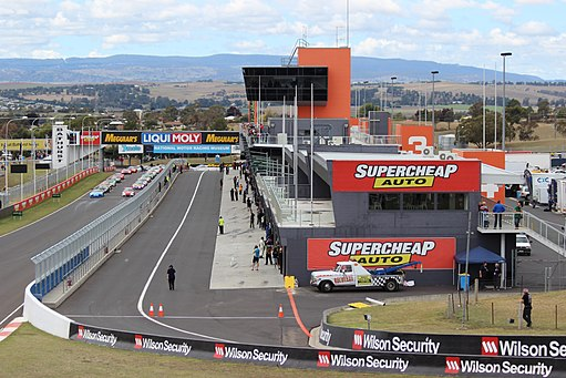 Mount Panorama Pit Straight and Pit Lane 2015