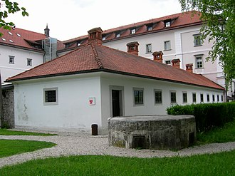 Kacenštajn Castle - Hostage Museum