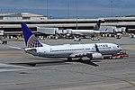 N12218 B737-824 United SFO 28-05-17 (36570398861).jpg