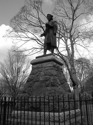 Wooster Square - Bronze statue of Christopher Columbus at Wooster Square in New Haven, Connecticut