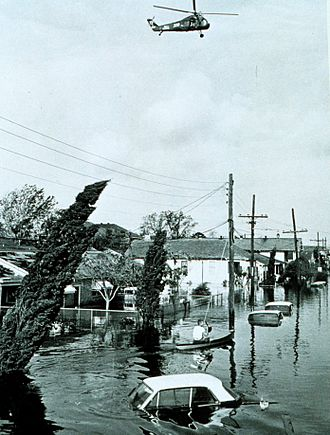 Effects of Hurricane Katrina in New Orleans - Flooding in the Lower Ninth Ward of New Orleans after Hurricane Betsy in 1965.