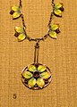 Necklace (7915249950).jpg