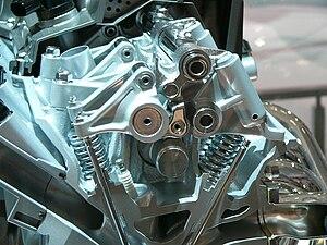 三菱・4J1型エンジン's relation image