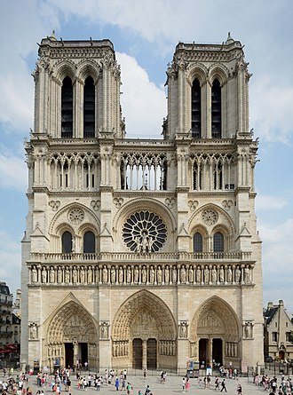 Notre-Dame de Paris - deep portals, a rose window, balance of horizontal and vertical elements. Early Gothic. Notre-Dame de Paris 2013-07-24.jpg