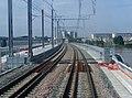 Nouveau Pont ferroviaire de Bordeaux et passerelle vus du train (2008) 2.JPG
