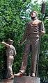 Oakwood Cemetery statue4 2006-07-03.jpg