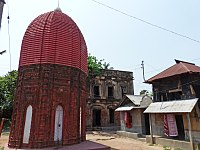 Octogonal Shiva Temple Bonpas Kamarpara.JPG