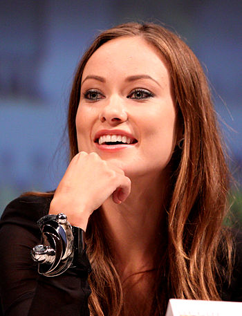 English: Olivia Wilde at the 2010 Comic Con in...