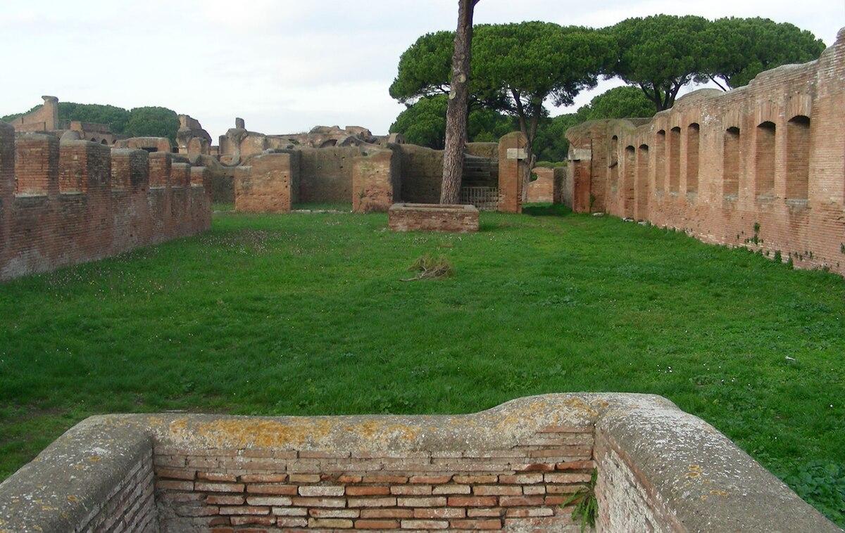 Case a giardino wikipedia for Interno 1 ostia