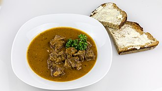 Oxtail soup - Oxtail soup with sliced bread