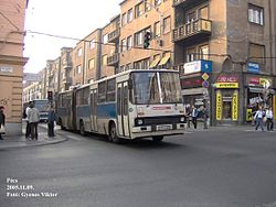 Ikarus 280-as busz a vonalon 2005-ben