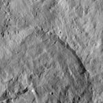 PIA20682-Ceres-DwarfPlanet-Dawn-4thMapOrbit-LAMO-image102-20160421.jpg