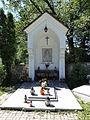 POL Łydogowice Dolne Cmentarz parafialny kapliczka 1.JPG