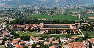Certosa di Padula - Image: Padula certosa vue 2 (sec ver)