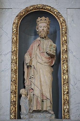 Saint Judicael - A medieval statue of St Judicael at Paimpont.