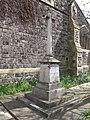 Parish war memorial, Beeston Hill, Leeds (geograph 4912895).jpg