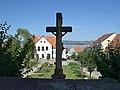 Pavlov (okres Břeclav) - náves, pohled ze schodiště kostela obr01.jpg