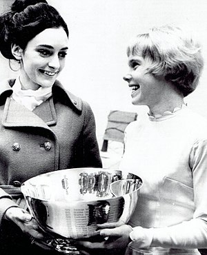 Janet Lynn - Peggy Fleming and Janet Lynn (right) in 1969