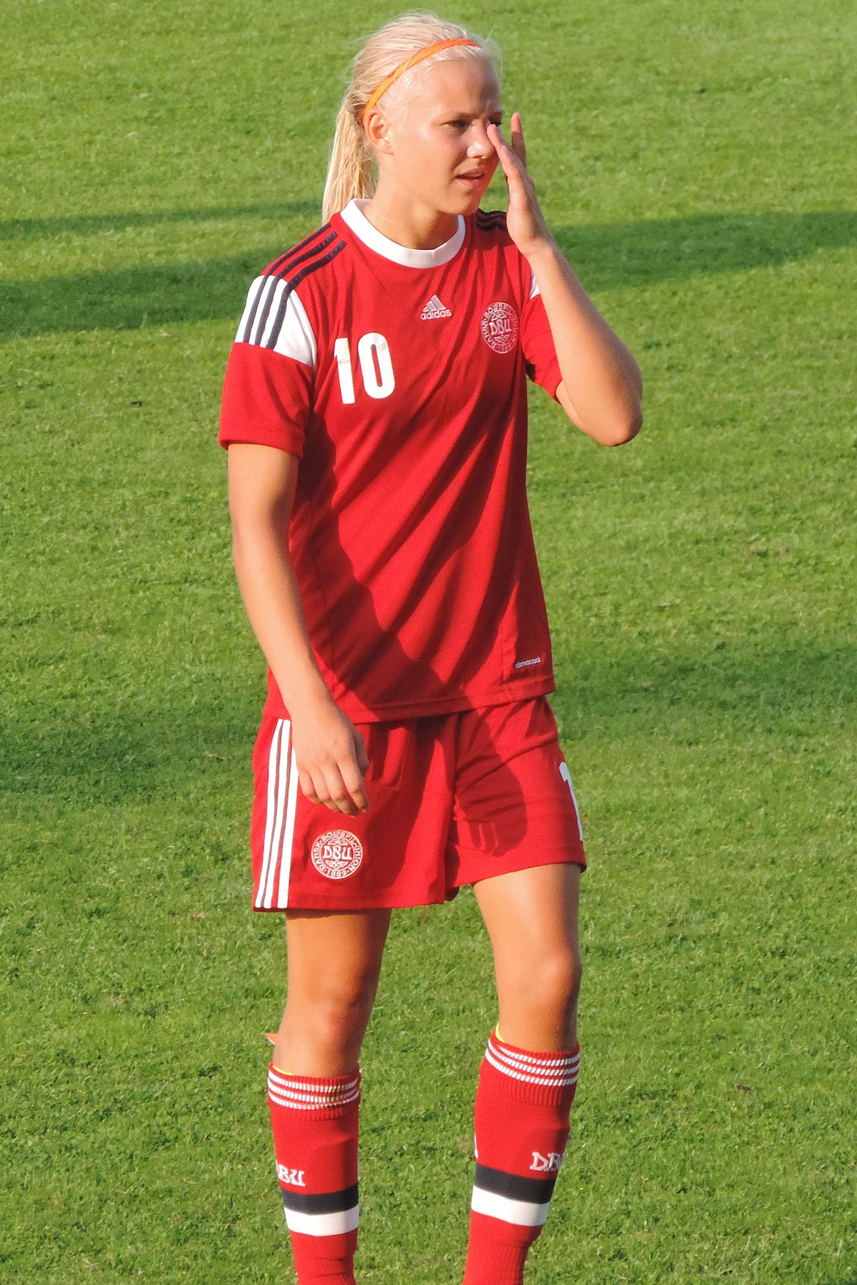 Chelsea Women complete signing of Pernille Harder from