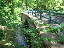 Perry Avenue Bridge 011.JPG