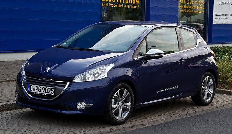 Peugeot 208 essence