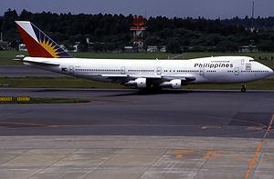 Philippine Airlines Boeing 747-283B(SCD) (EI-B...