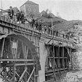 Photo - Bau der Eisenbahnbrücke bei Rieden - um 1910.jpg