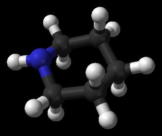 Piperidine - Image: Piperidine equatorial 3D balls A